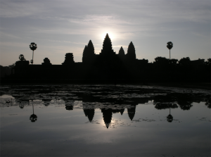 Angkor Wat visitare alba