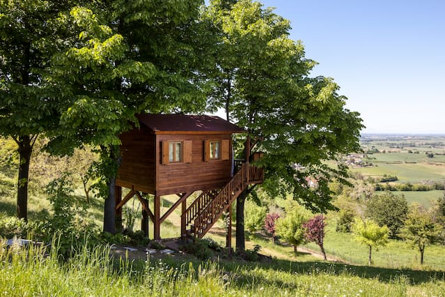 "Una casa sull'albero ""Airbnb"" nel Monferrato - https://www.airbnb.it/rooms/880308"