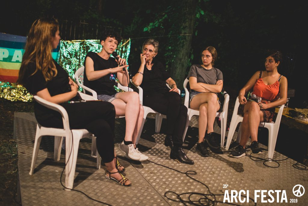 Girls To The Front. Una serata con Adele Nigro e altre donne in musica all'Arci Festa di Cremona