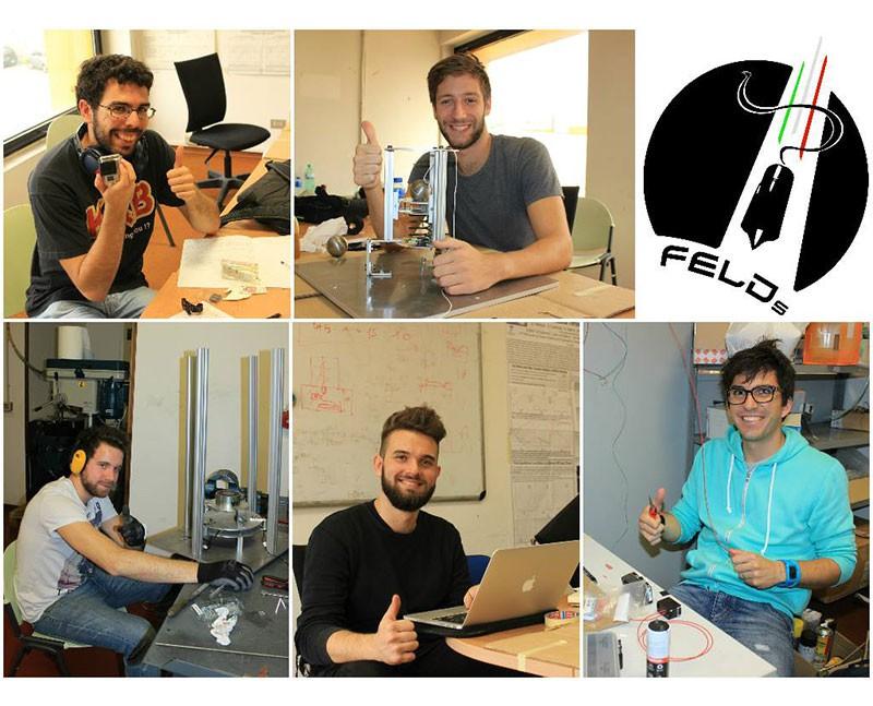 Daily business dei cinque ragazzi del team.