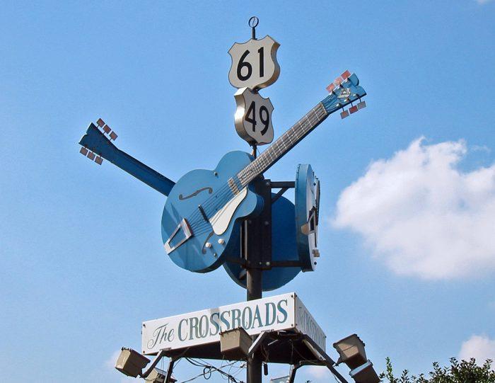Cross Road Blues, un brano in cinque arrangiamenti