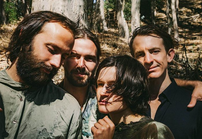 Two Hands dei Big Thief