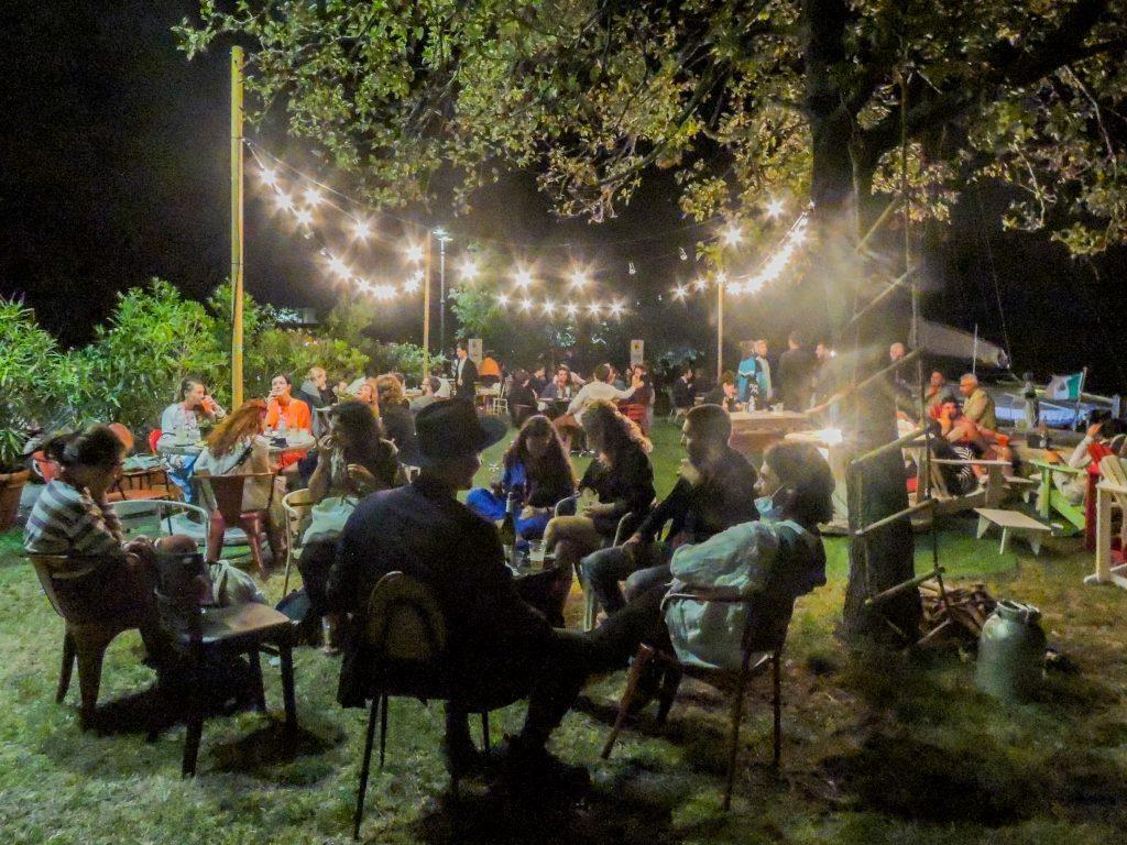 Una sera a Isola Edipo