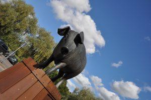 Tartu pig statue